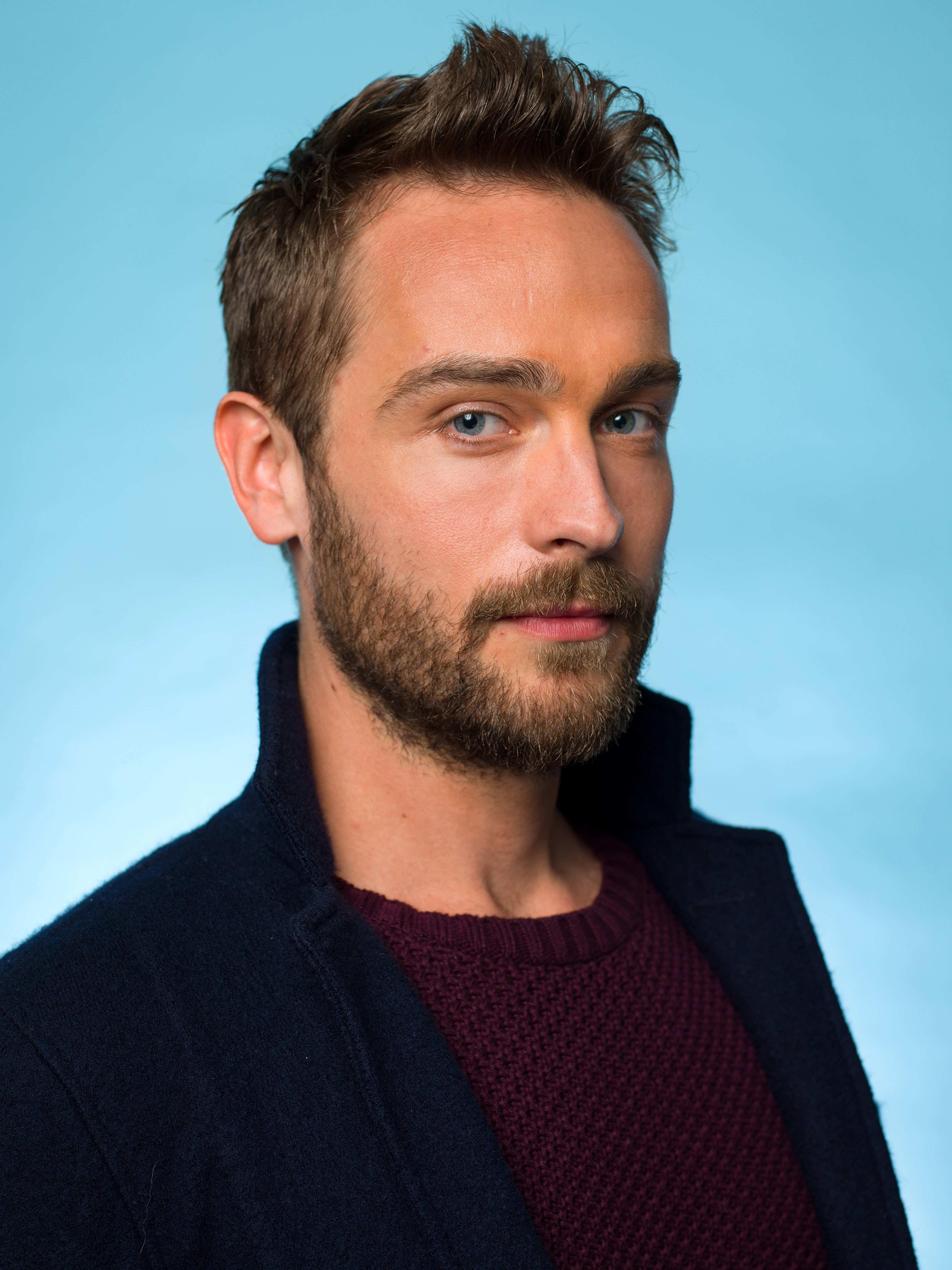 tom mison gif hunt
